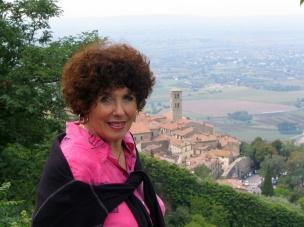Janet in Cortona adjusted_edited-1